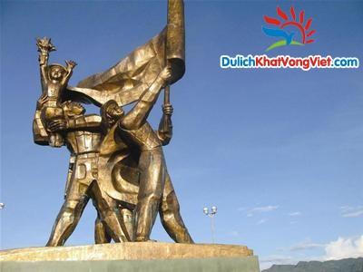 Du Lịch Tây Bắc: Hòa Bình – Sơn La – Điện Biên – Lai Châu – Lào Cai