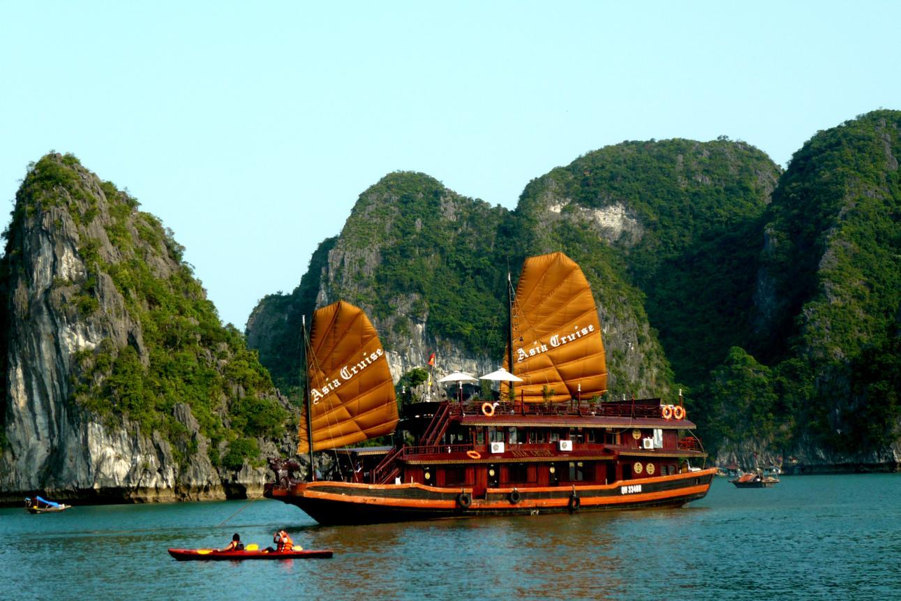 Tour du lịch Hà Nội – Hạ Long 3 ngày giá rẻ