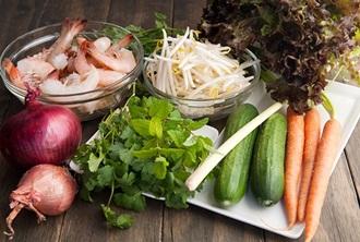 Nguyên liệu bạn cần cho món Salad tôm Thái