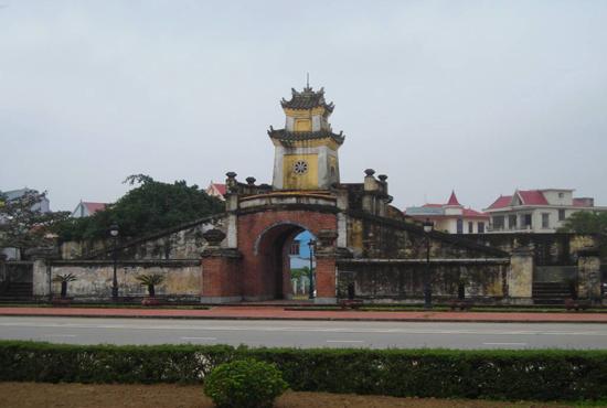 Di tích thành cổ Quảng Trị