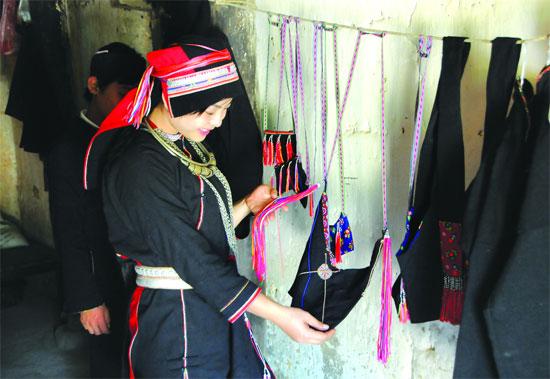 Dân tộc người Dao áo dài ở Hà Giang